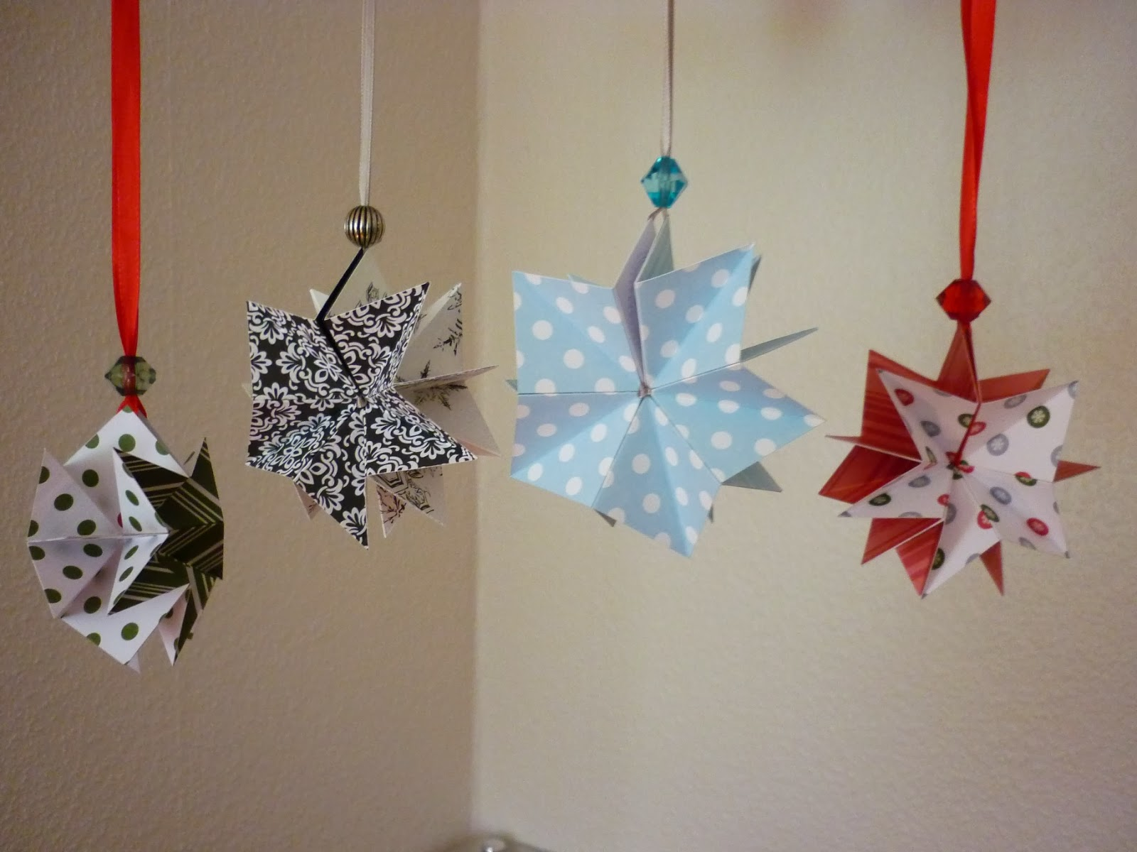 jenny 39 s papierwelt origami stern. Black Bedroom Furniture Sets. Home Design Ideas