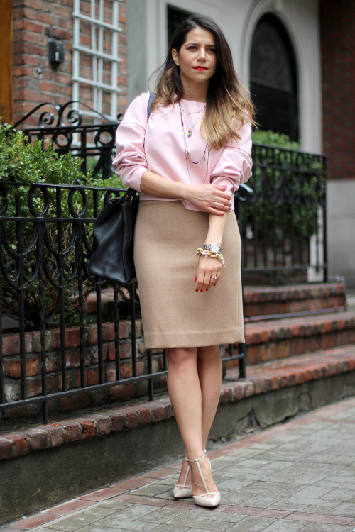 pink crop top; jcrew style; fashion blogger; street style; style blogger; jcrew pencil skirt; zara heels; fendi bag; New york city; new York city blogger; pencil skirt; office style; what to wear to work