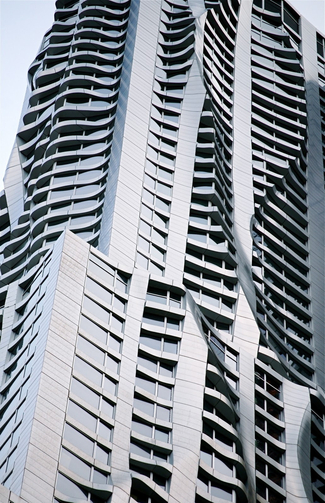 Spruce street beekman tower by frank gehry page 317 - This Is The Much Anticipated Frank Gehry Designed Lower Manhattan Residential Skyscraper And It Is Now Ready For Renters Located At 8 Spruce Street