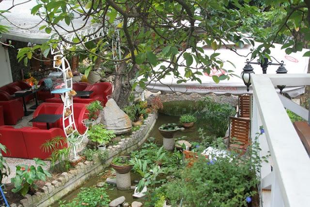 Cafe Vườn Yêu (Love Garden Coffee) - Những quán cafe sân vườn đẹp tại Sài Gòn