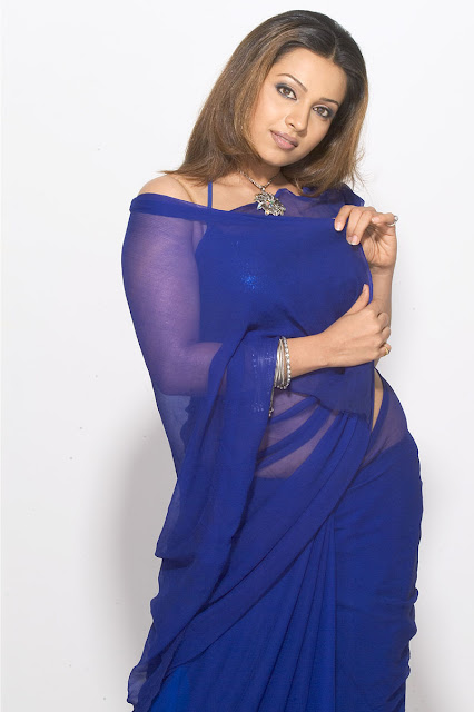 Asha Shaini photoshoot