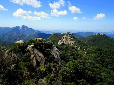 Daftar Obyek Tempat Wisata Populer di Korea Selatan Paling Terkenal