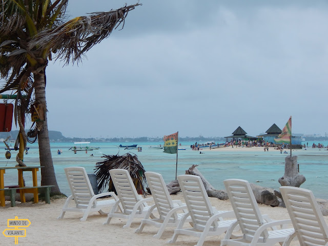 Ilhas Acuario e Haynes Cay