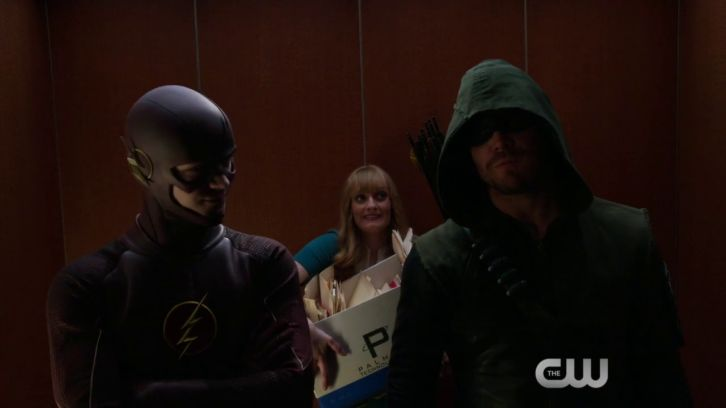 Arrow/The Flash - New 3 Minute Promo - Superhero Fight Club