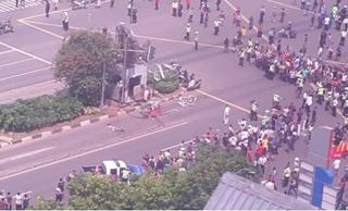 Jakarta di bom #PrayForJakarta