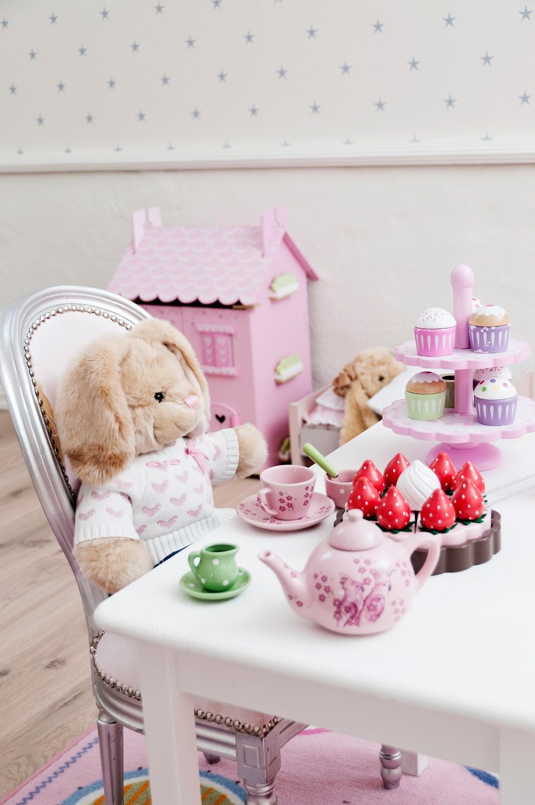 Barnerom Innredning: Tips til innredning av barnerommet. Fargebarn ...