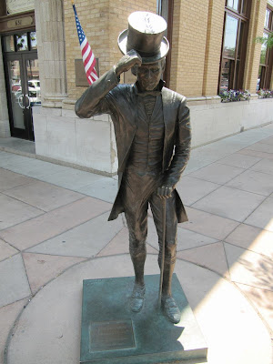 James Monroe statue, estatua de James Monroe