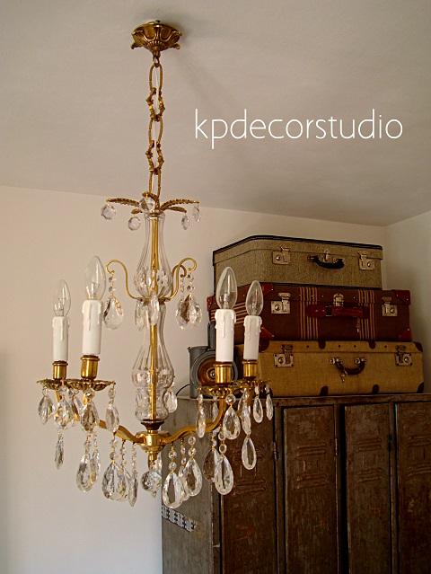 comprar lampara vintage de lagrimas de laton online. buy vintage gilded brass chandelier