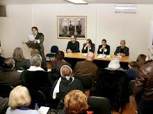 Mano Belmonte declamando poesia no salão nobre da J.F.S.T.