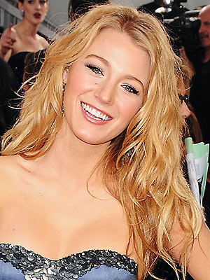 blake lively hairstyles. lake lively hair color.