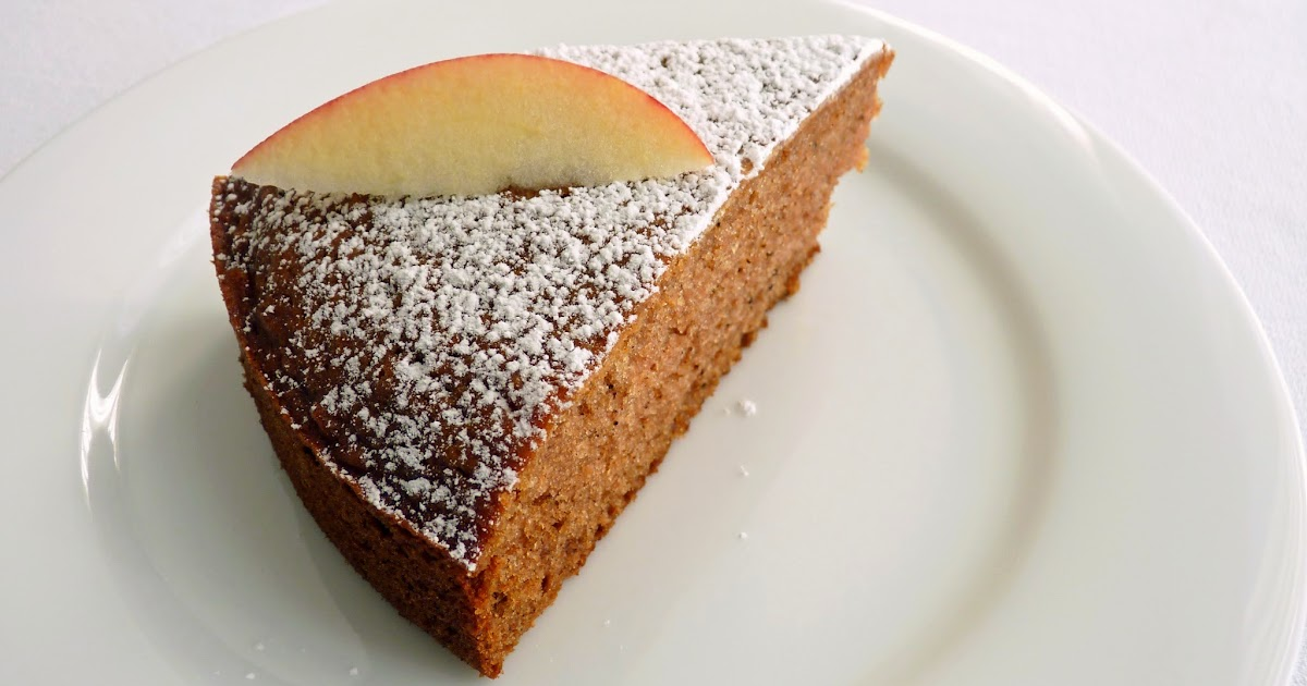 :pastry studio: Applesauce Spice Cake