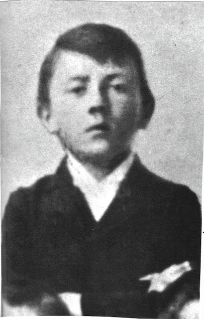Adolf hitler rare childhood pic adolf hitler rare childhood pic