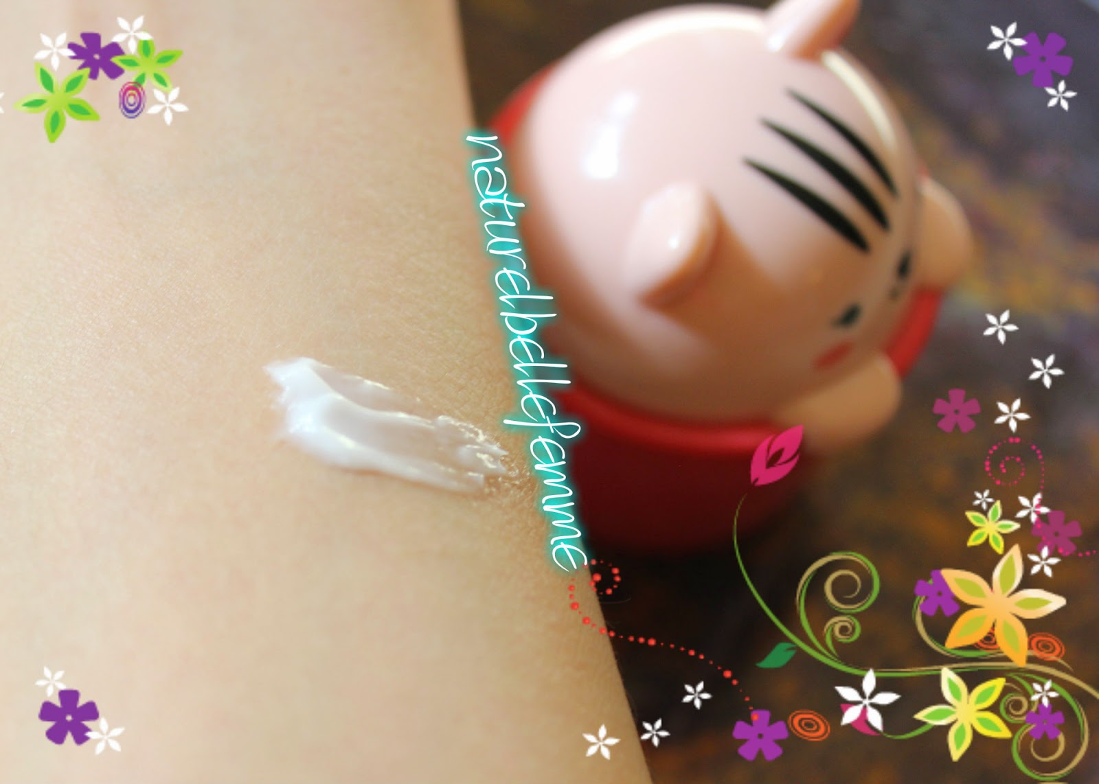 Face shop floral hand cream