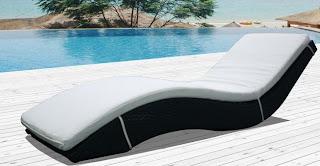 concept usine bain de soleil blanc