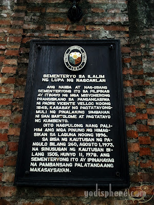 Underground Cemetery Historical marker in Filipino posted at the gate