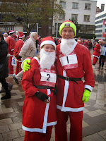 Jane & Pete supporting maternal health in Rwanda at Liverpool Santa Dash