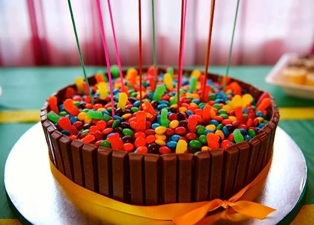 DIY Birthday Cakes Using Kit Kats Chocolate Bars Crafty Morning - Colorful diy kids cakes