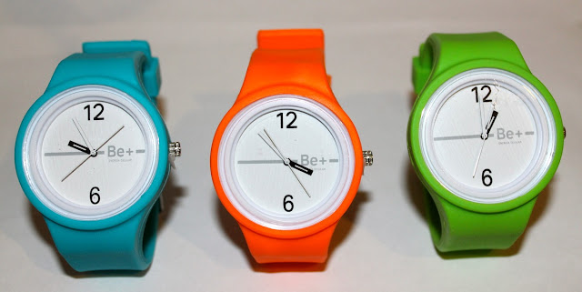 http://marilynsclosetblog.blogspot.com.es/2012/04/worldwide-giveaway-silicon-neon-watches.html