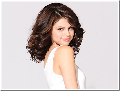Hollywood Actors Selena Gomez Hairstyles