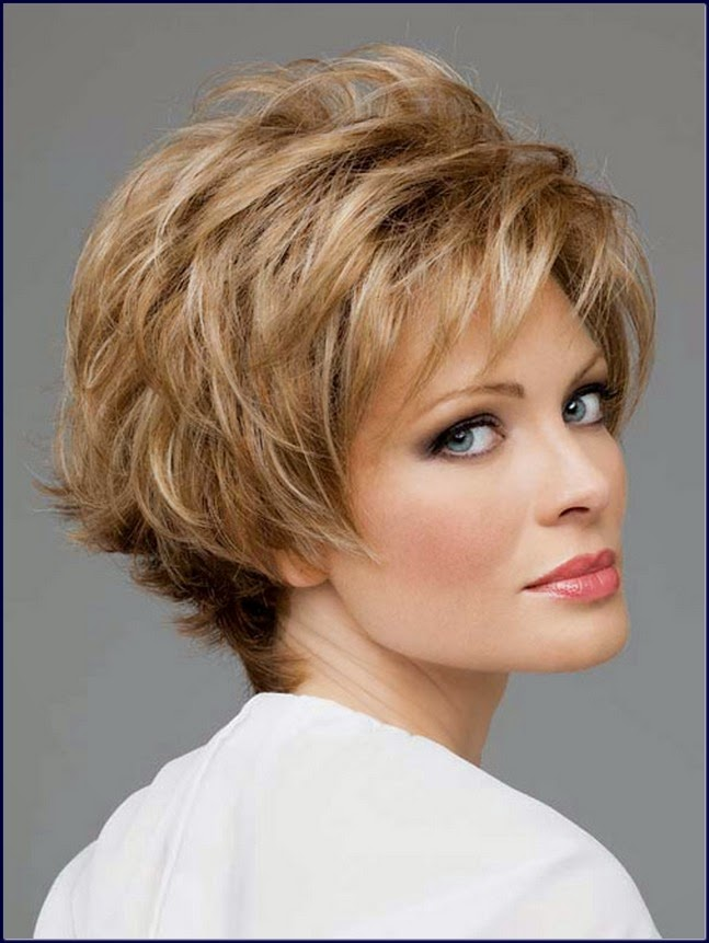 Amazing short shaggy hairstyles for women over 40