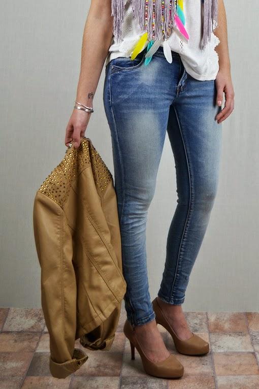 Jeans slimfit efecto desgastado