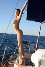 Sofie in Cruise - FEMJOY