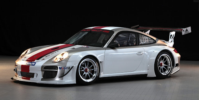 Porsche 911 GT3-R 2012