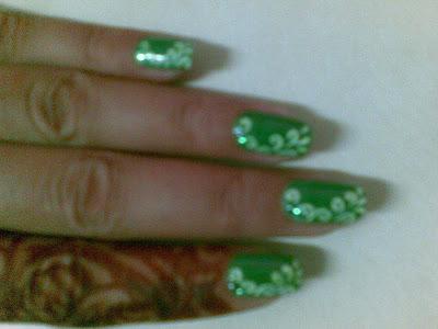 beautiful nail art design picture by pari sangha