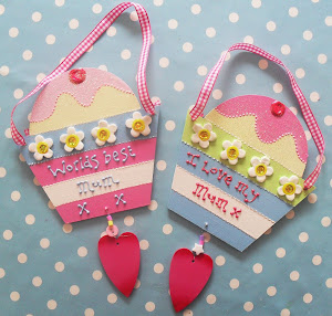 cupcake wall hangings