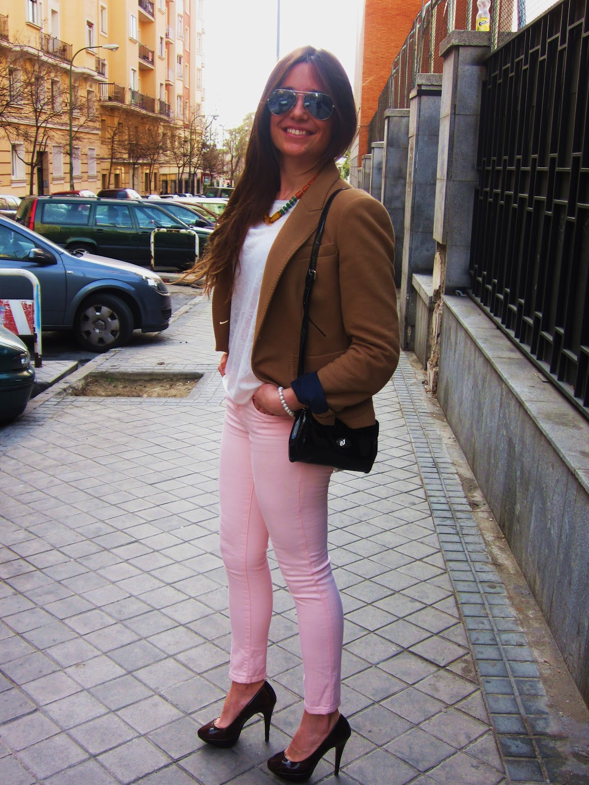 The sound of fashion pastel pants for Combinacion de color rosa