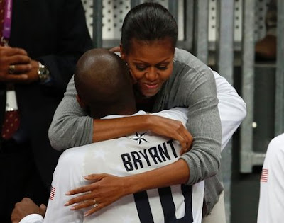 Michelle Obama Hugs Kobe Bryant