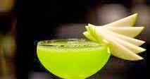 ثقافة وعلوم: تعرف على فوائد عصير التفاح الأخضر