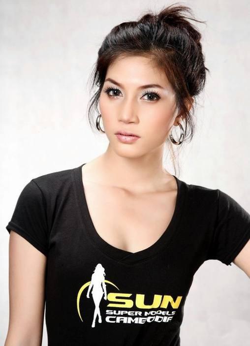 briya sexy khmer star