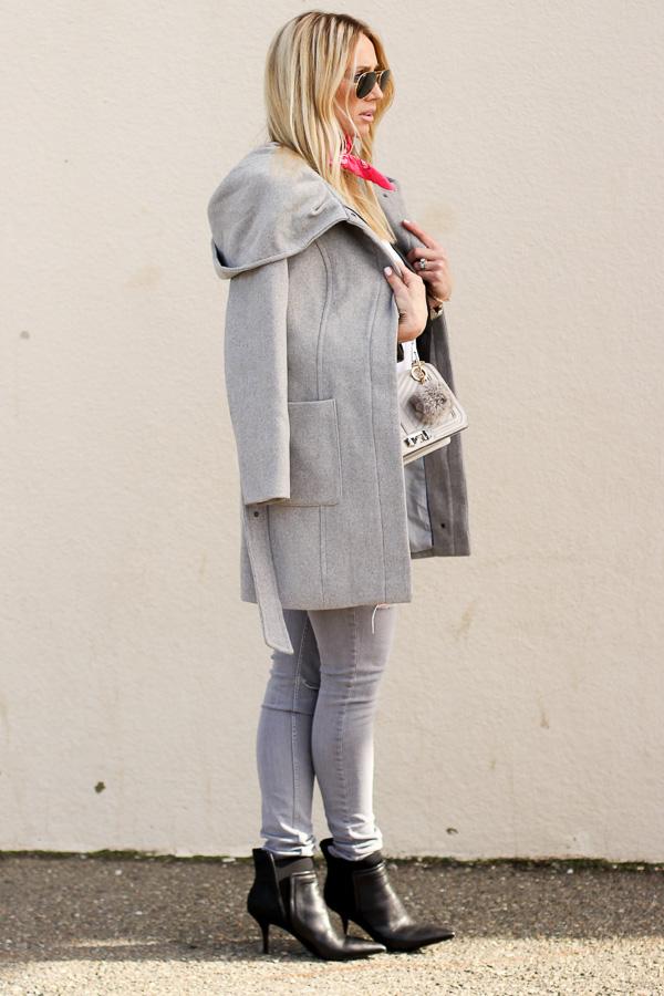 gray skinny jeans gray coat