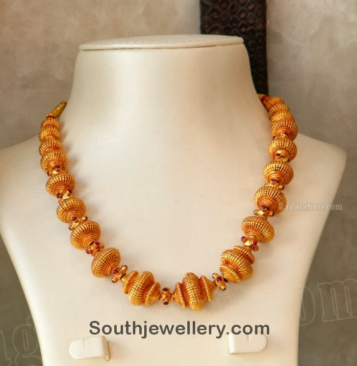 Simple gold beaded necklace jewellery designs for Simple beaded jewelry patterns