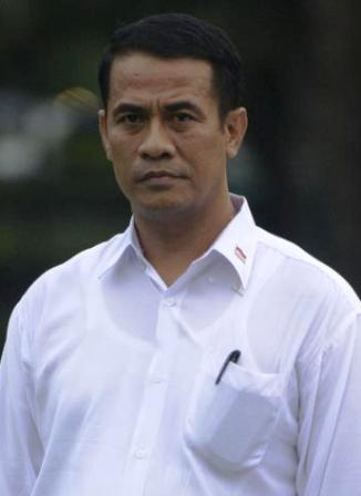 profil dan biografi amran sulaiman sang menteri pertanian