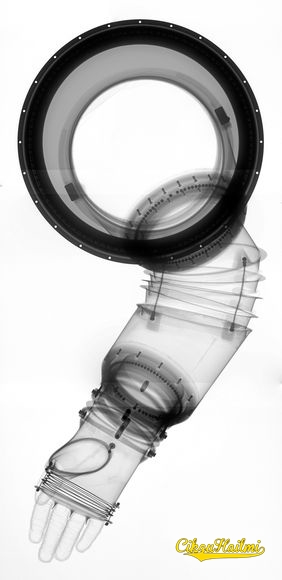 Imej X-Ray Sut Angkasawan 1968