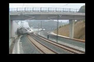 Impressionnante vidéo de l'accident de train en Espagne (Video)