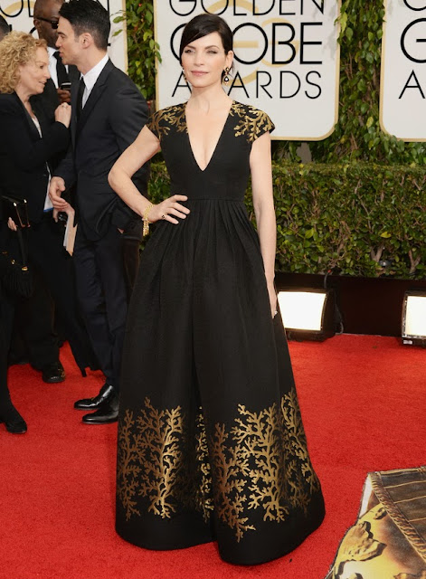 Julianna Margulies in Andrew Gn at the Golden Globes