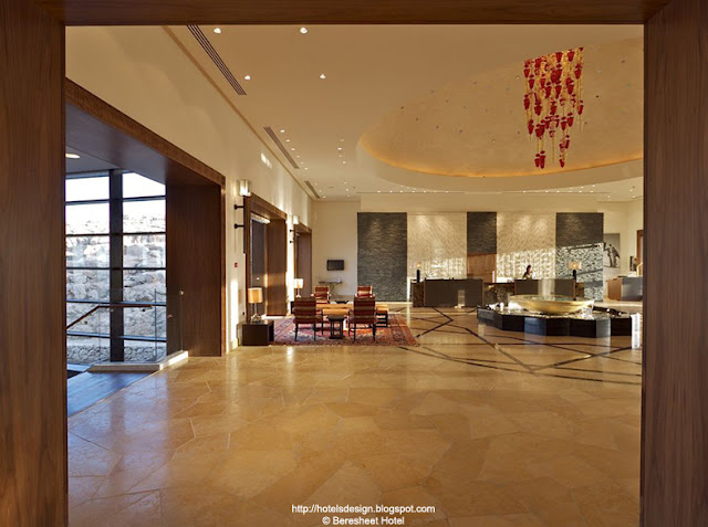 Hotels With Reception Halls