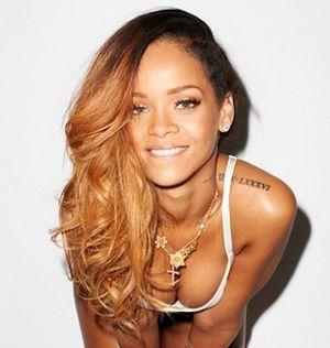 FotosNua.Com cantora Rihanna pelada caiu na net fotos hackeadas