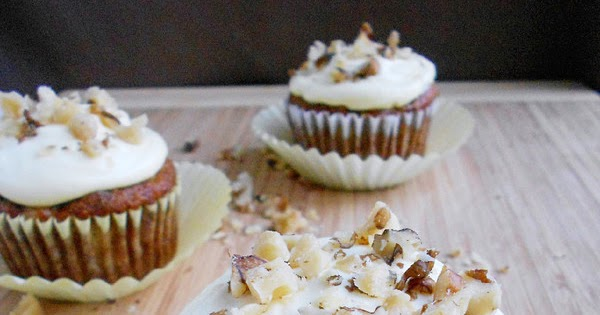 Skinny Hummingbird Cupcakes - Confessions of a Confectionista