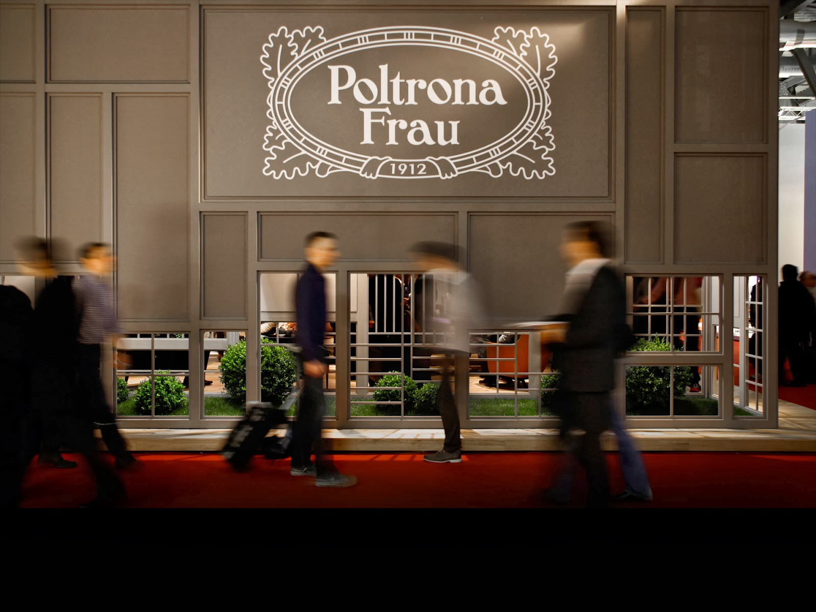 The settembre 2013 for Outlet poltrona frau tolentino