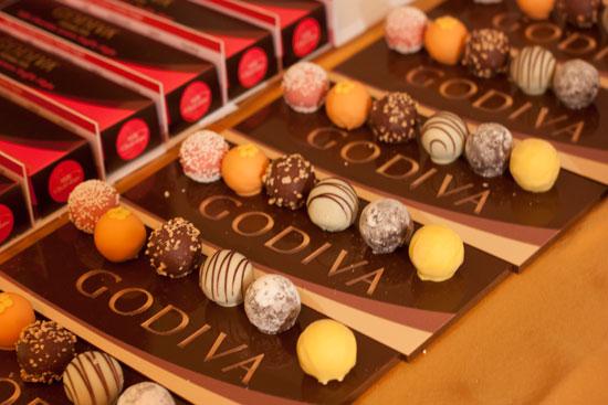 godiva cake truffles Godiva Chocolate Birthday Cake Truffles