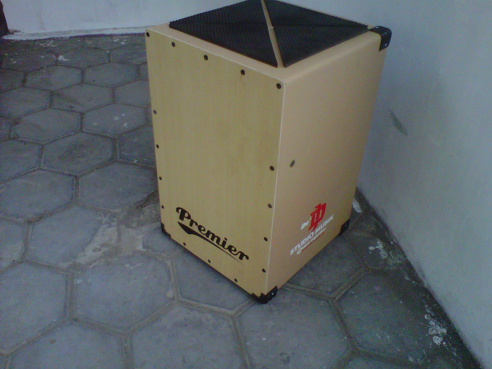 Cajon Kahon Drumbox Murah Ahline Indonesia Trapesium Electric Kualitas Suara Berani Diadu Sama Produk Branded Yang Pake Maple Wood Ato Lain Mahal2