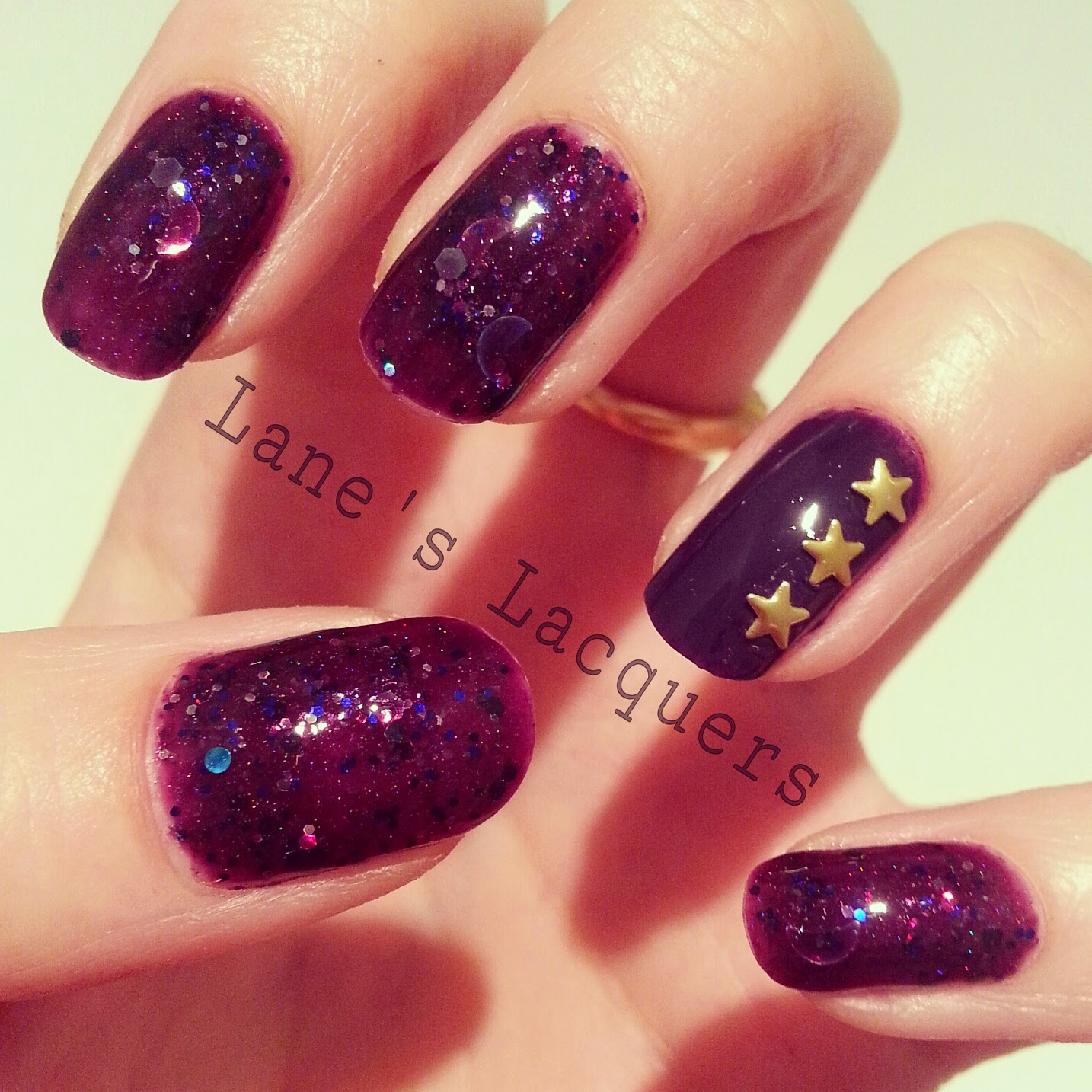 femme-fetale-edge-of-the-cosmos-gold-star-studs