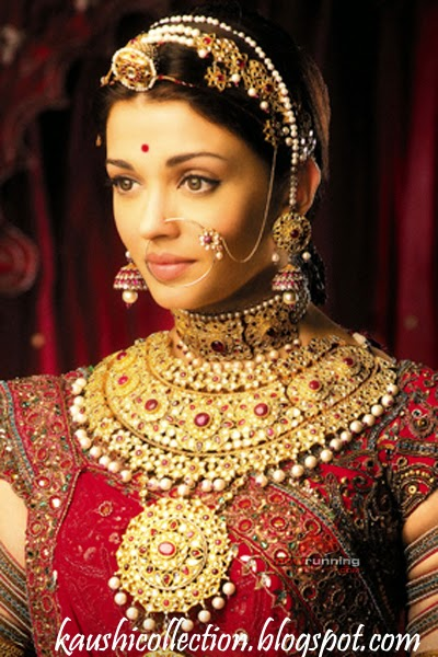 Actress Aishwarya Rai in Red Rajputi Poshak