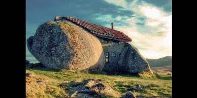 Rumah unik dari Batu
