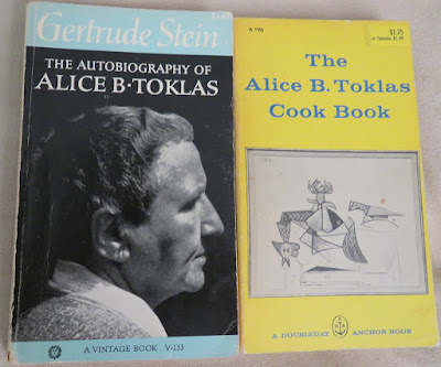 the literature and writing style of gertrude stein Gertrude stein is definitely the mother of continues her own way and developed her own writing style with the art and literature of the.