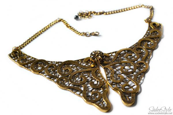 Collar Necklace by Romwe